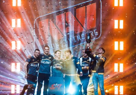 Українська Na'Vi стала чемпіоном на турнірі по CS: GO і виграла $250 000
