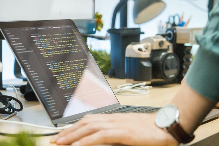 Як знайти першу роботу програмістом без досвіду - spectrliked, create-our-history