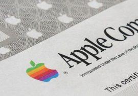 Як купити акції Apple. Біржа ПФТС включила акції Apple до біржового списку