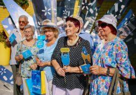 «Київстар» відкрив онлайн-школу «Смартфон для батьків». Тут навчать робити фото та спілкуватися в месенджерах