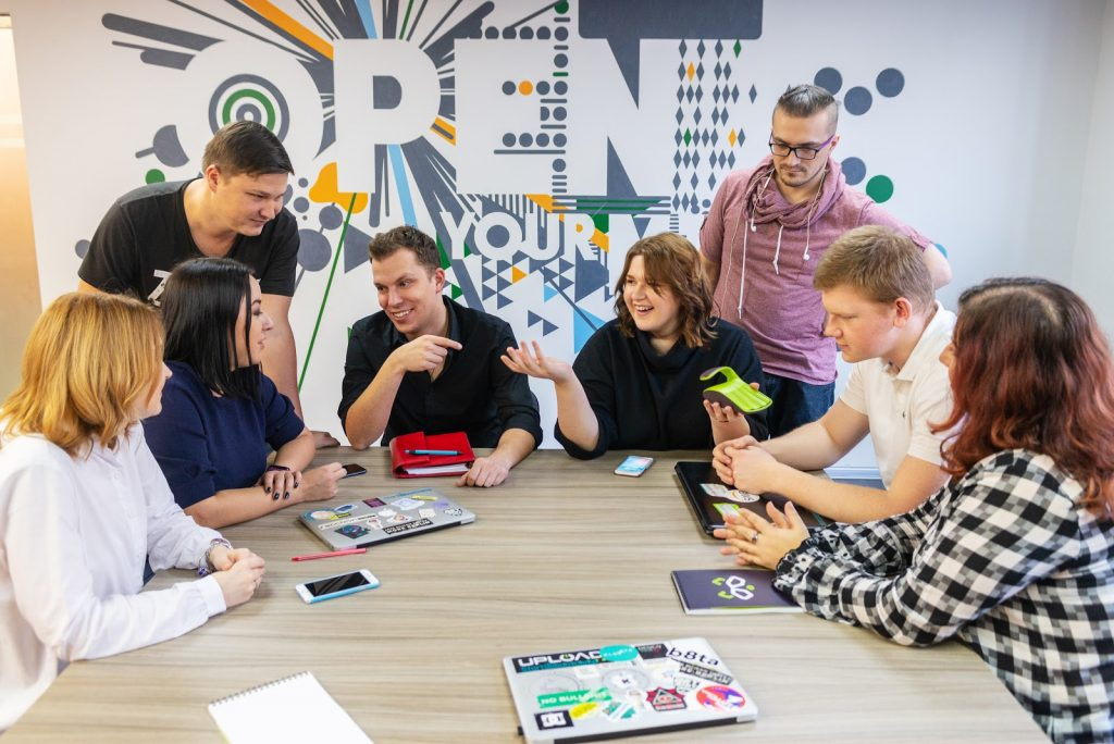 Як ми за три роки зі стартапу зробили бізнес: досвід Raccoon.World - startups, partners