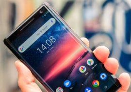 Які магазини бачать українці в органічній видачі Google, коли шукають смартфон
