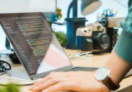 Популярна, затребувана, доступна: як вибрати мову програмування