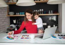 LinkedIn: наймайте жінок, які зробили перерву в кар'єрі заради дитини. Вони можуть стати ідеальними співробітниками