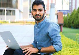 Як виглядає робота Ананда Пракаша – етичного хакера