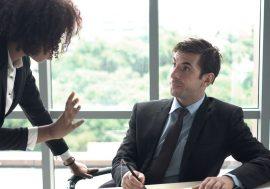 """""""Не вірю"""". Психологічні хитрощі, які допоможуть донести до керівника свою ідею"""
