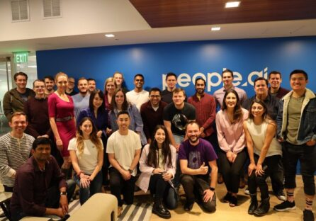 В компанії за $1 млрд працюють всього 150 осіб: як Олег Рогинський створив і розвиває People.ai