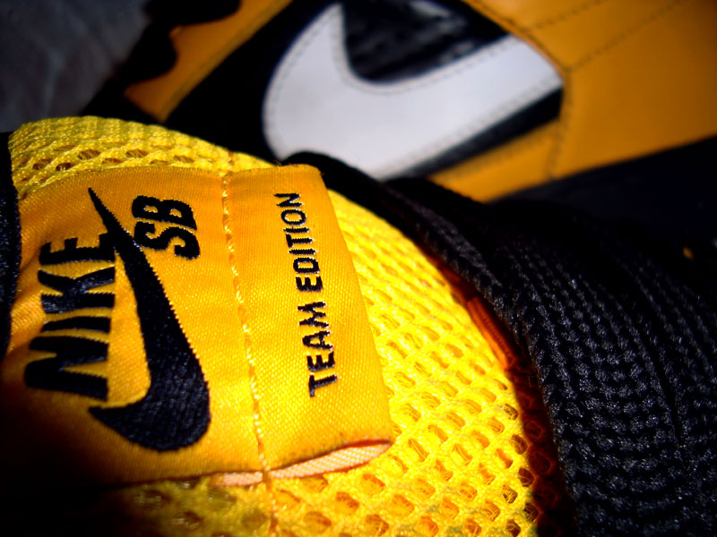 Логотип Nike - мільярдна емблема за 35 доларів - news, story, business