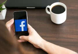Залишаєте Facebook? Ось зручний спосіб забрати фотографії з собою