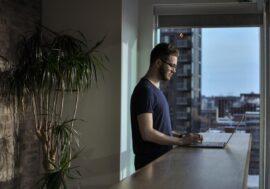 Понад $1000 на фрілансі, фотографуванні та власних сайтах: додатковий заробіток IT-фахівців