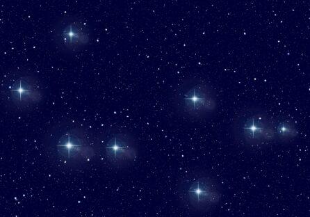 Вивчаємо Всесвіт, не виходячи з дому: добірка онлайн-ресурсів