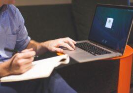 11 перспективних професій, які можна опанувати не виходячи з дому: список курсів