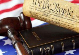 Конституція США: як з'явився цей документ, що в ньому змінювалося і чому він такий важливий