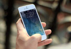 Як проводити менше часу в телефоні: 4 поради від експерта по продуктивності