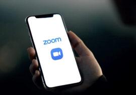 Все про Zoom: як почати відеорозмову та не стати потім зіркою інтернету