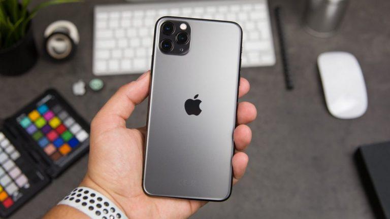 iPhone 12 та інші техноновинки, які розкуповували українці в цьому році: топ пристроїв від MOYO - tech, news, gadzhety