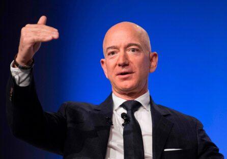 Джефф Безос залишає посаду гендиректора Amazon. Ось що він написав співробітникам у своєму прощальному листі