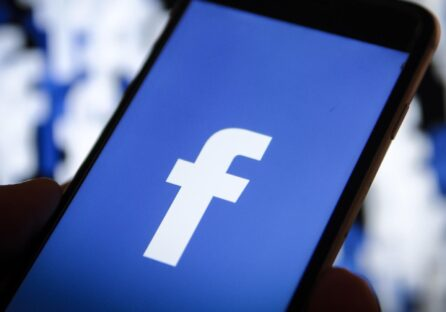 Facebook анонсувала клон Clubhouse та підтримку подкастів