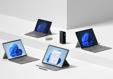 Коротко: ноутбук з екраном на шарнірі, смартфон Duo 2 з двома екранами та інші анонси Microsoft Fall 2021