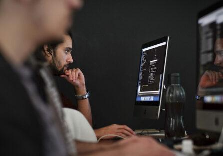Стоп-сигнал: 6 ознак компанії, в яку не варто влаштовуватися програмісту