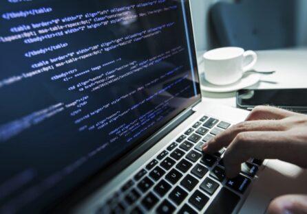 Працював 100 годин в тиждень, заробляючи до $30 000/місяць – історія українського програміста
