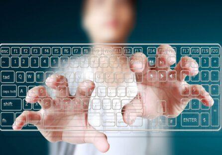 Названо 5 найбільш затребуваних мов програмування у 2021 році